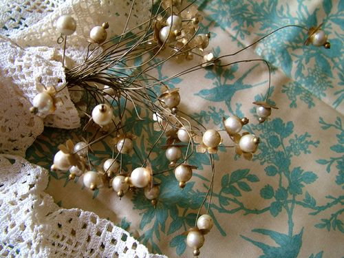 Vintage pearl blossoms