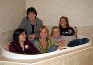 Teachers_in_the_tub